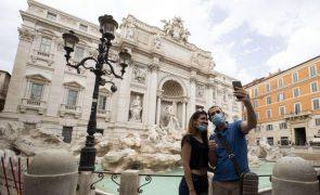 Covid-19: Mais de 60 organizações de viagens e turismo pedem à UE plano para verão