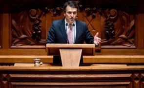 Covid-19: PSD exige ao Governo que aponte