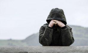 Parlamento recomenda ao Governo medidas de apoio à saúde mental em pandemia