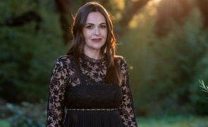 Ex-concorrente (Quem Quer Namorar Com Agricultor) trocada por outra mulher aos 7 meses de gravidez