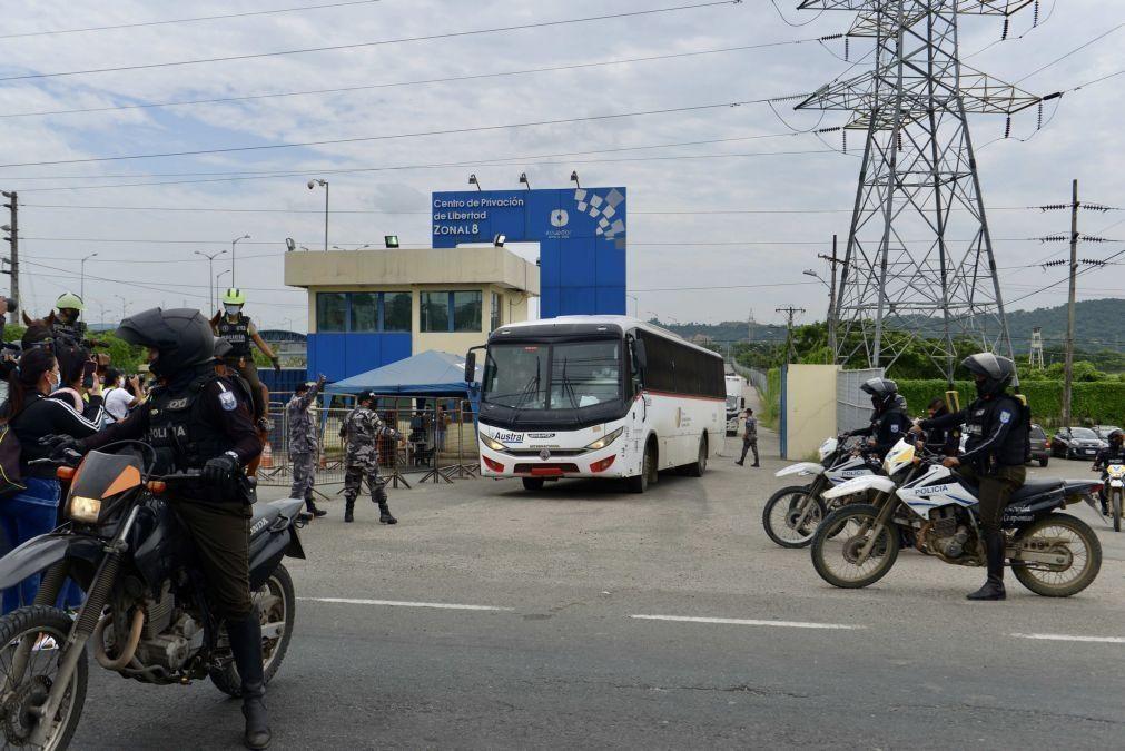 Autoridades do Equador receberam 40 alertas antes dos motins nas prisões