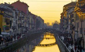 Covid-19: Contágios continuam a aumentar em Itália, com mais de 20.000 no último dia