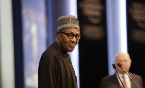 Presidente nigeriano diz que rapto de 300 alunas é