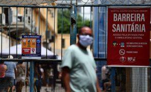 Covid-19: Brasil chega a 10,4 milhões de infeções, um ano após primeiro caso