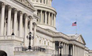 Câmara dos Representantes dos EUA aprova novo pacote de estímulos de 1,9 mil milhões de dólares