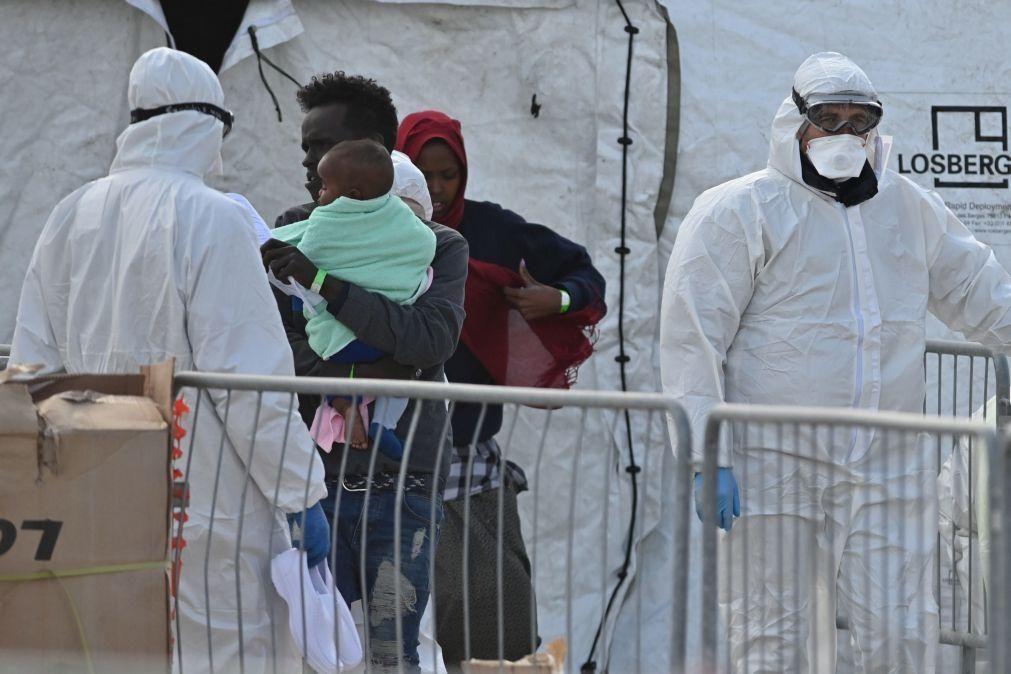 ONG alemã Sea-Watch socorre 147 migrantes ao largo da Líbia