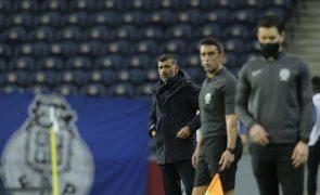 Sérgio Conceição lança Otávio no 'onze' e Rúben Amorim não mexe no Sporting