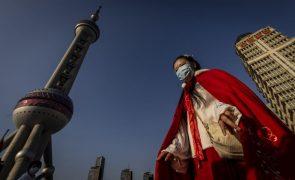 Covid-19: Vigilância digital, alarmes e comités de bairro compõem máquina da China contra o vírus