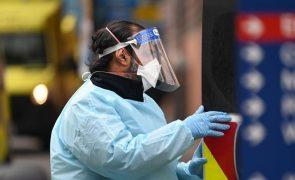 Ministros da Saúde debatem hoje novas variantes, testes e vacinas