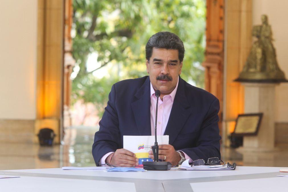 Covid-19: Venezuela recebe meio milhão de doses de vacina chinesa