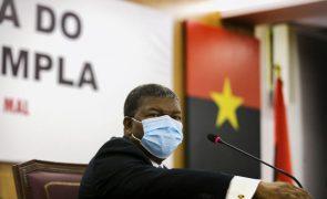 Presidente angolano anuncia revisão pontual da Constituição