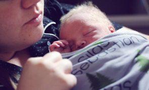Bebé nasce em casa com ajuda dos bombeiros de Viana de Castelo