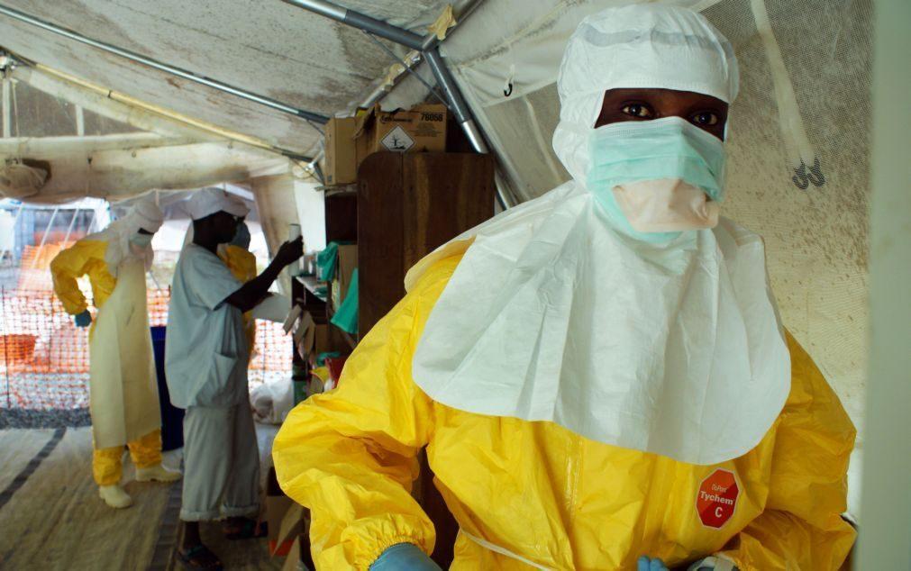 Ébola: Mais cinco casos confirmados na RDCongo e Guiné-Conacri