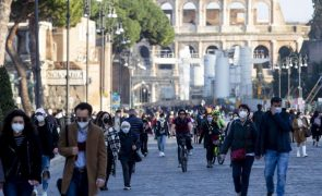 Covid-19: Itália regista 17.083 novos casos e 343 mortes nas últimas 24 horas