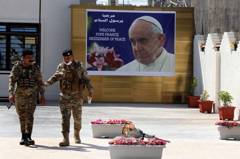 Papa enfrenta pandemia e 'rockets' para encorajar comunidades cristãs no Iraque