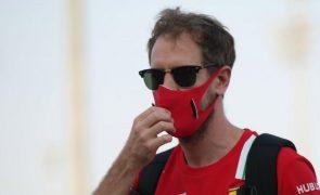 Aston Martin regressa à Fórmula 1 com um Sebastian Vettel