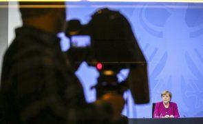 Covid-19: Merkel cede a Estados e aceita levantamento progressivo de restrições