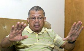 Carlos Veiga apresenta hoje candidatura a Presidente da República de Cabo Verde