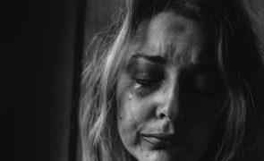 Persegue e tenta matar a ex-companheira a tiro em Guimarães