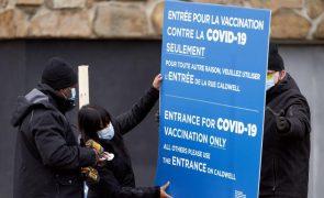 Covid-19: Peritos no Canadá recomendam intervalo de quatro meses para nova dose da vacina