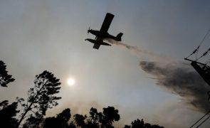 Portugal vai adquirir 14 meios aéreos próprios de combate a incêndios até 2026