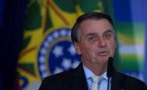 Covid-19: «Vão chorar até quando?», atira Bolsonaro