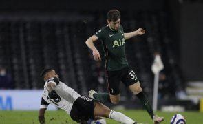 Tottenham, de Mourinho, sofre para vencer, Richarlison volta a resolver no Everton