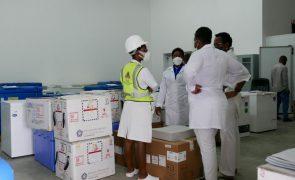 Covid-19: Moçambique espera vacinar 16 milhões de pessoas até 2022