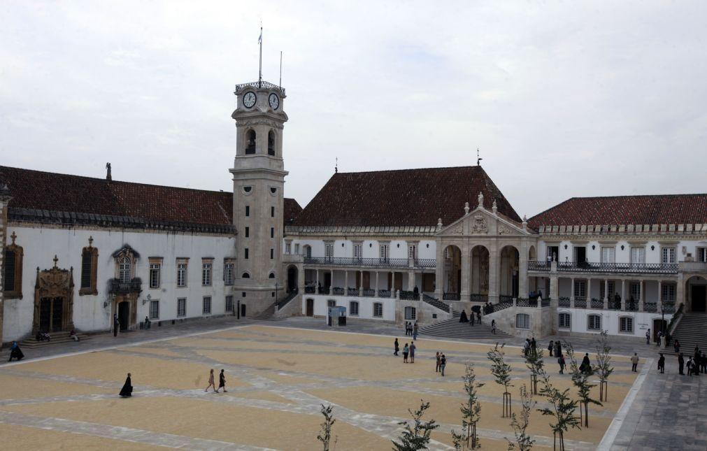 Covid-19: Mulheres foram mais afetadas pela pandemia na Universidade de Coimbra