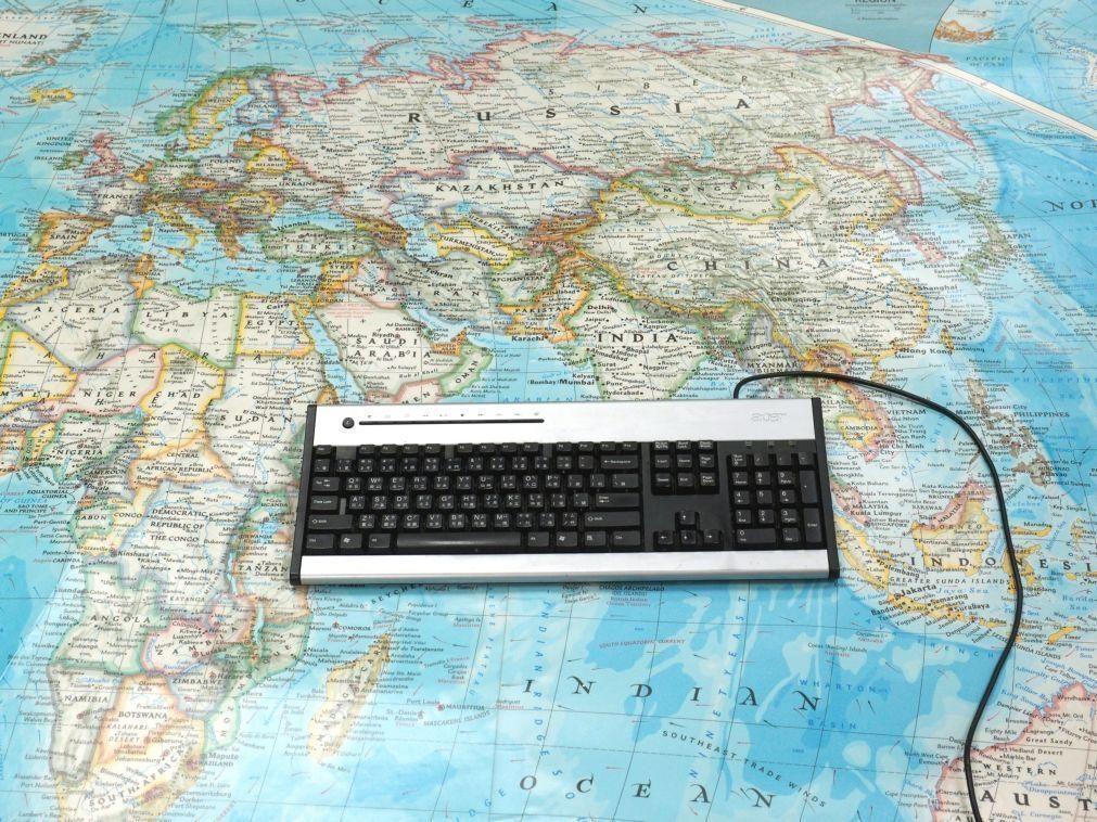 Acesso à internet mais do que duplica para 76% em Cabo Verde em seis anos