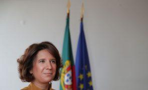 Covid-19: Governo português espera reabrir turismo em maio