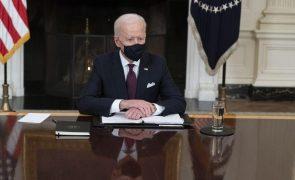 Covid-19: Senado norte-americano aprova plano de 1,9 biliões de dólares de Joe Biden