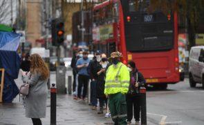 Covid-19: Reino Unido com mais 158 mortes e 6.040 casos