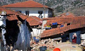 Grécia com quase 900 casas inabitáveis após terramoto