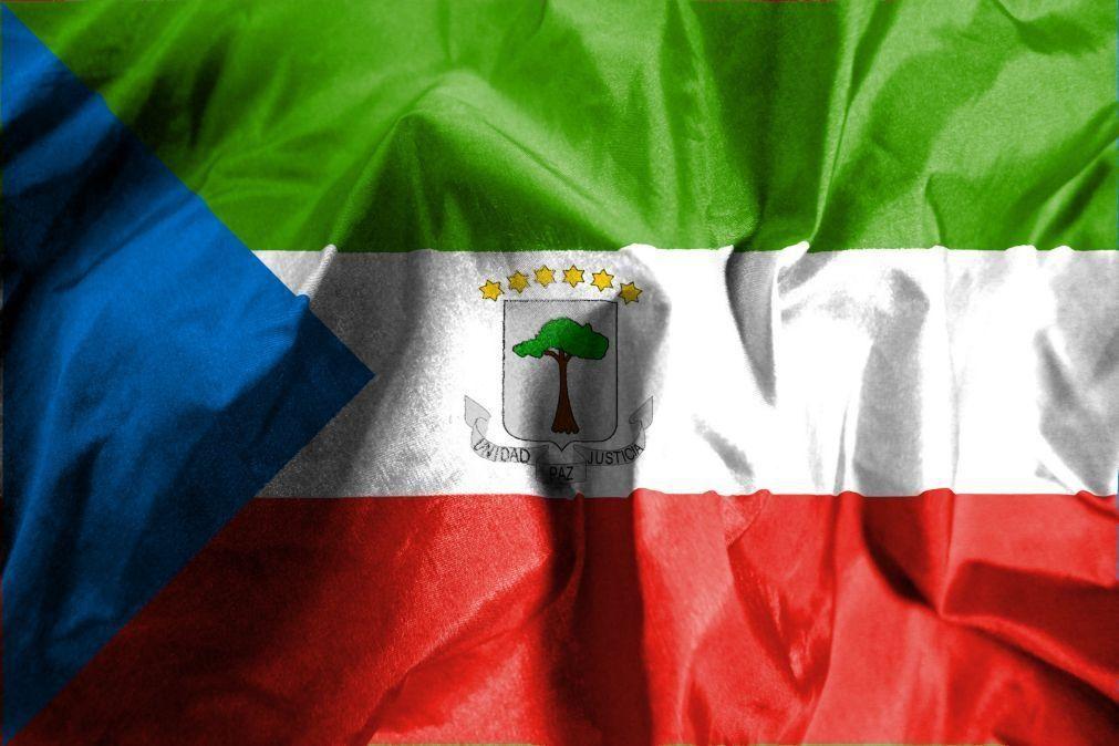 Quatro explosões na Guiné Equatorial causam vários mortos e feridos