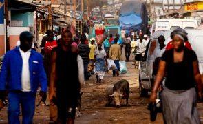 As mulheres do sal da Guiné-Bissau que não conhecem o seu dia internacional