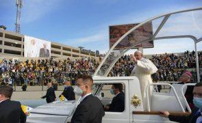 Papa Francisco deixou o Iraque após visita de três dias ao país