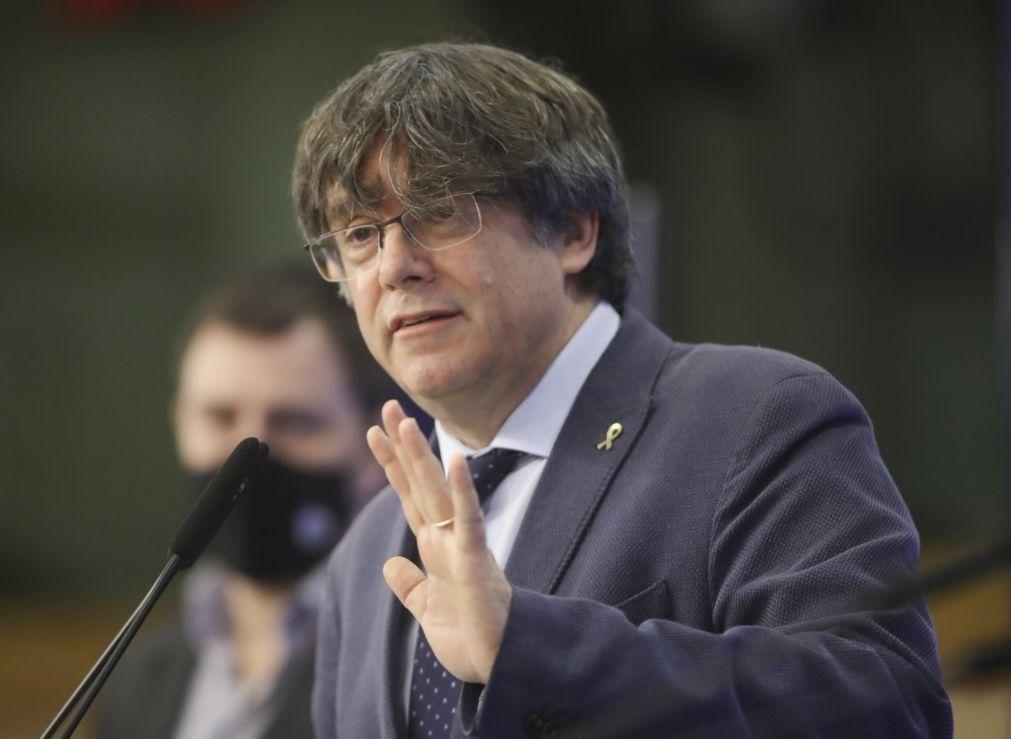 Parlamento Europeu vota levantamento de imunidade a independentista catalão Puigdemont