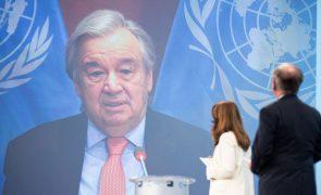Myanmar: António Guterres pede que manifestantes barricados não sejam detidos