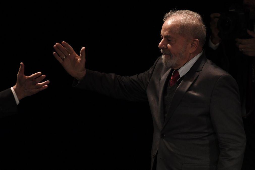 PR Argentino e outros políticos internacionais celebram anulação de condenações de Lula