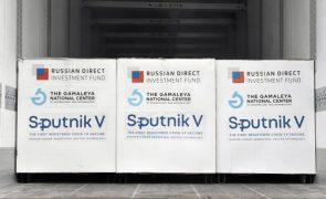 Covid-19: Vacina russa Sputnik V vai ser produzida em Itália a partir de julho