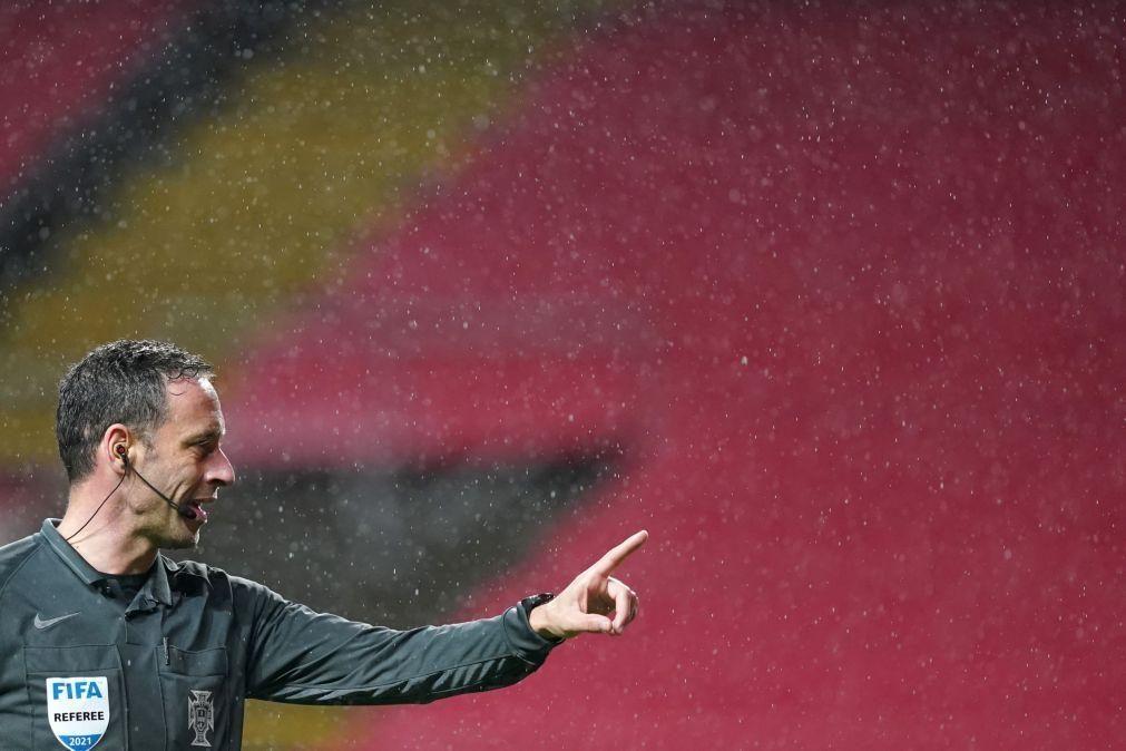 Soares Dias nomeado para apitar o duelo entre Paulo Fonseca e Luís Castro para a Liga Europa
