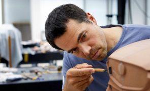 Mestres Takumi: Os artesãos modeladores de argila da Mazda