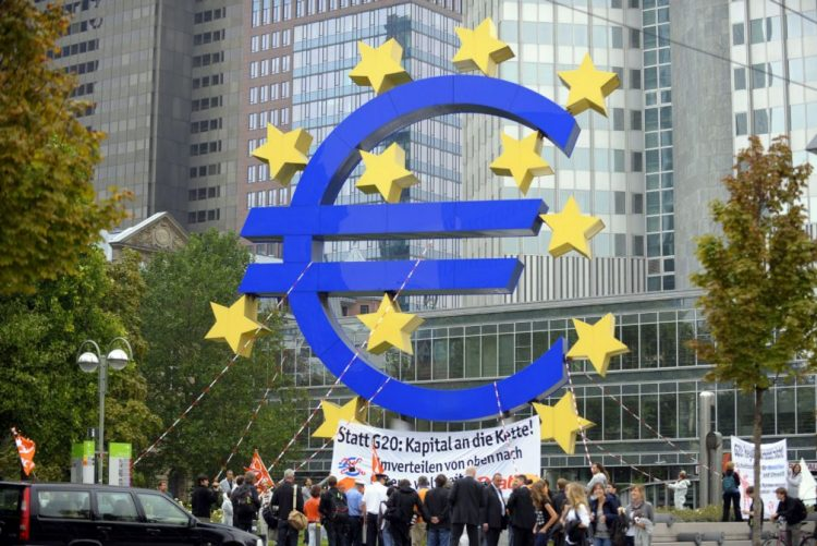 Atividade económica da zona euro em máximos de seis anos -- IHS Markit