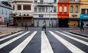 Covid-19: Novo recorde de mortes no Brasil após somar 1.972 óbitos em 24 horas