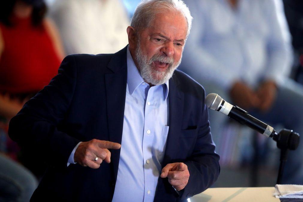 Covid-19: Lula defende vacina e pede que Brasil não siga