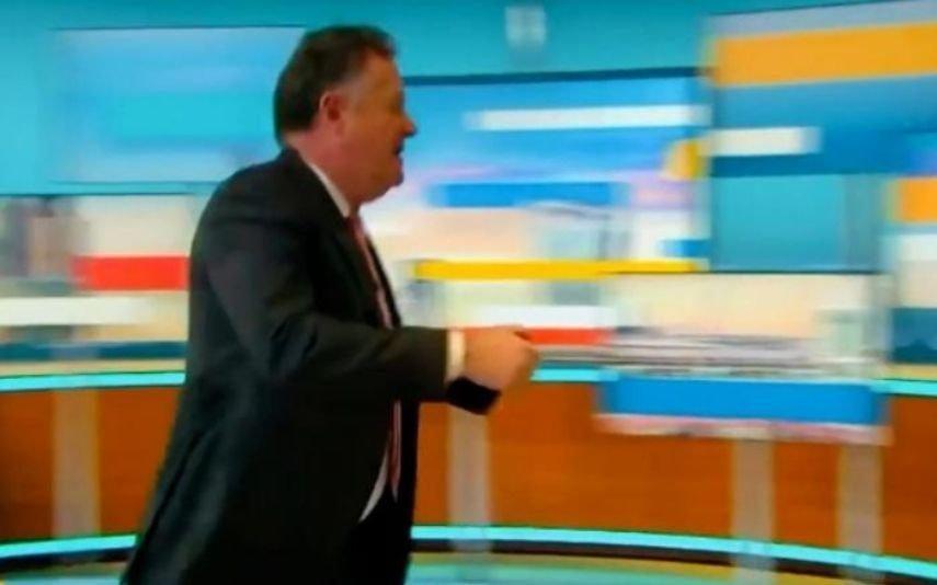 Piers Morgan recusa pedir desculpa a Meghan e abandona o direto