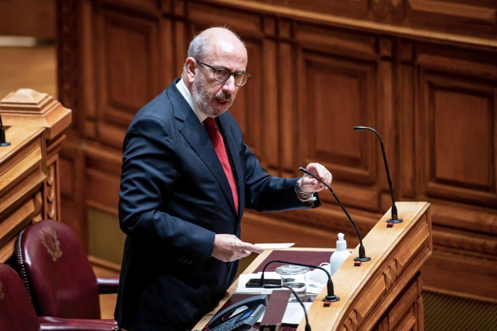 Telmo Correia vai recandidatar-se à liderança do grupo parlamentar do CDS-PP