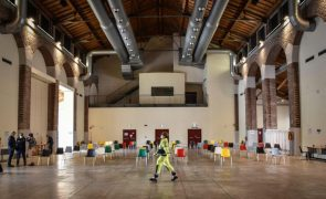 Covid-19: Itália regista 22.409 novos casos e governo prepara novas medidas de contenção