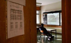 Covid-19: Projeto do PR prevê testagem, rastreamento e vacinação para reabertura de escolas